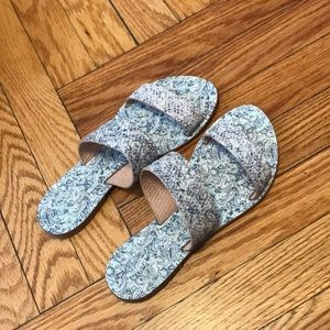 JOIE A LA PLAGE MADE IN ITALY LEATHER SLIDES 6.5